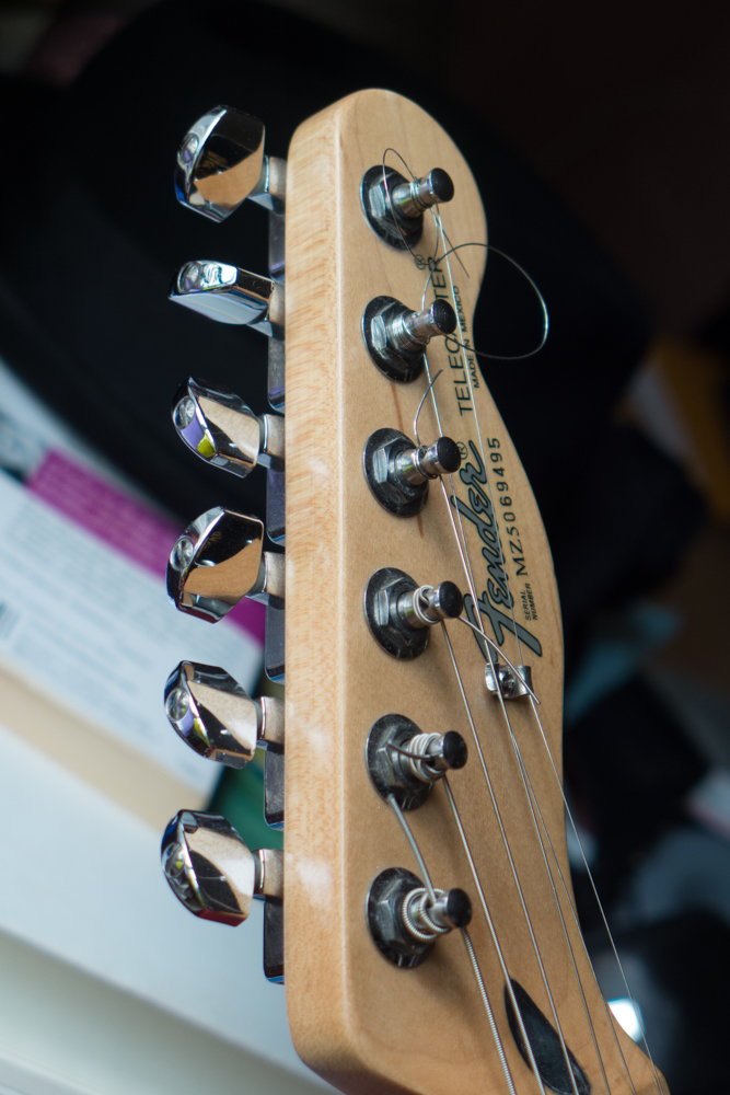 Fender® Forums • View topic - Drop in tuners replacement for